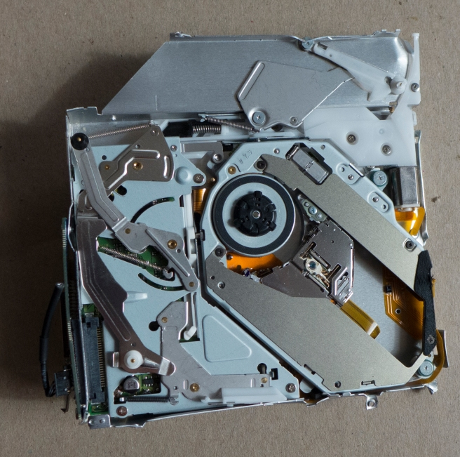 Mac mini destruction_20150803_0009 copy