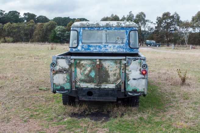 Landrover having a rest_20160328_0010 copy